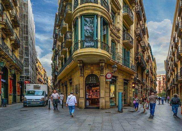 barcelona-1923686_640 Walk Barcelona